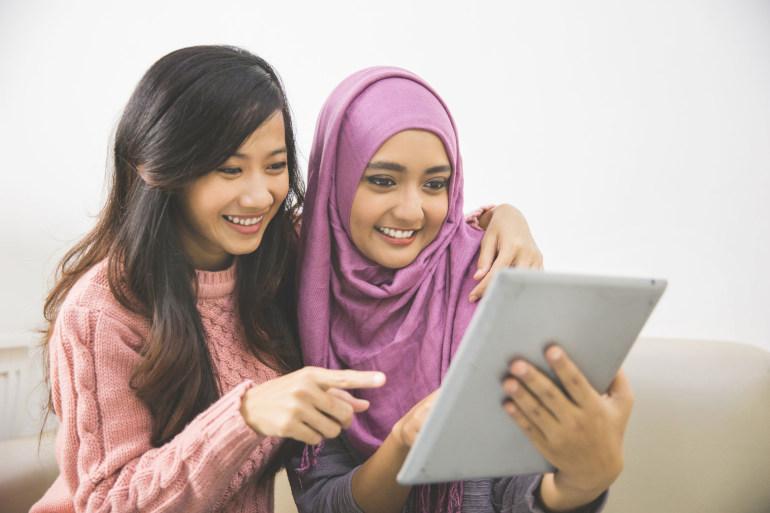 mencari info beasiswa