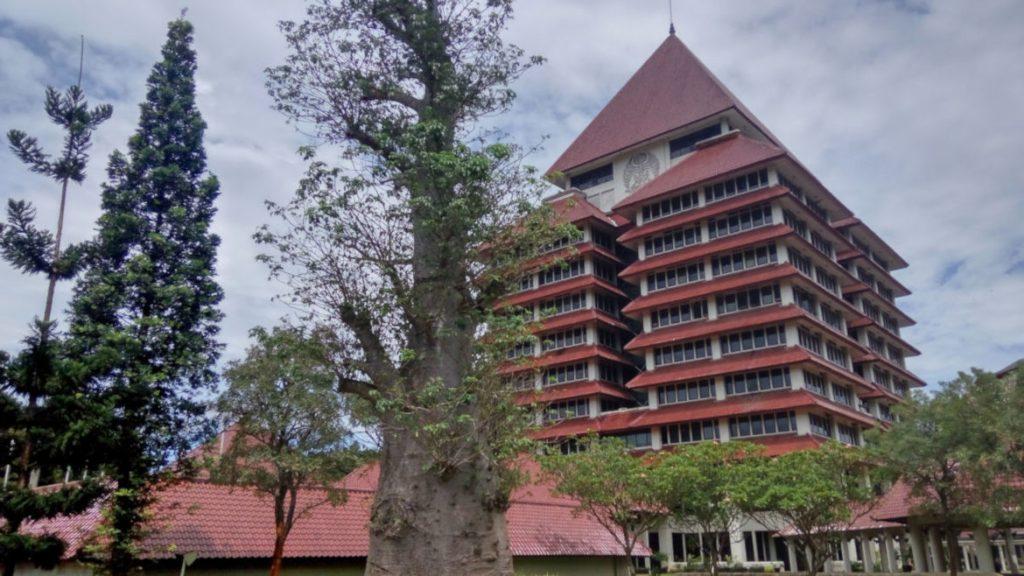 perguruan tinggi terbaik di indonesia