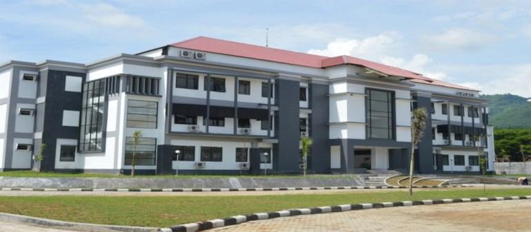 salah satu perguruan tinggi swasta di kediri