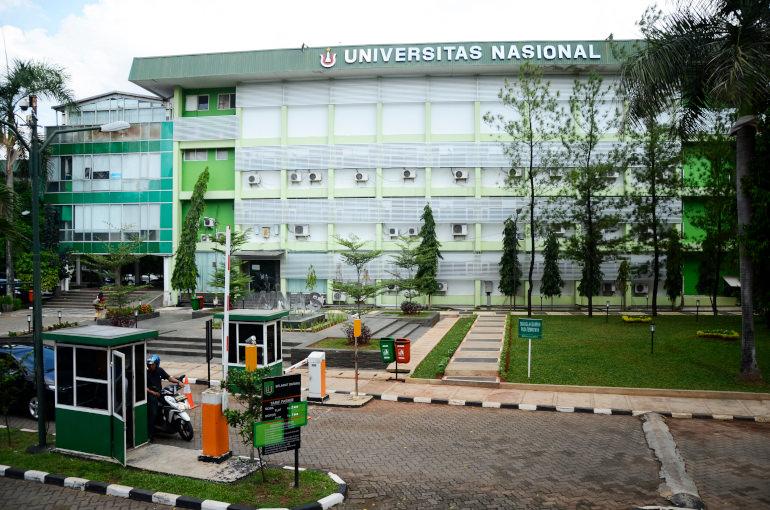 daftar universitas di jakarta selatan