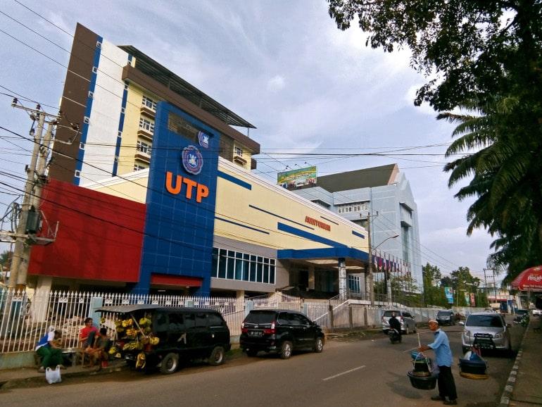 universitas tridinanti palembang
